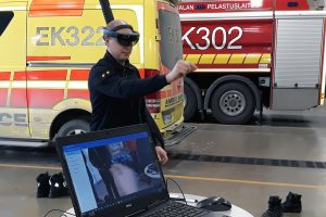 firefighter tests hololens